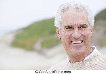 άντραs , εις άρθρο ακρογιαλιά , χαμογελαστά
