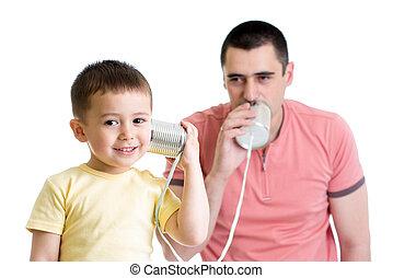 άπειροσ αγόρι , και , μπαμπάς , έχει , ένα , τηλεφωνική κλήση , με , γανώνω cans