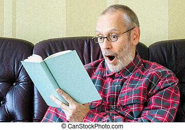 έκπληκτος , αρχαιότερος , βιβλίο , διάβασμα , άντραs