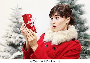 έκπληξη , γυναίκα , χριστουγεννιάτικο δώρο