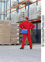 έλεγχος , απογραφή εμπορευμάτων , εργάτης