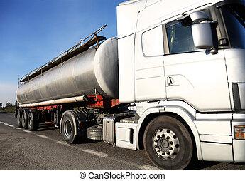 έναυσμα βυτιοφόρο , φορτηγό