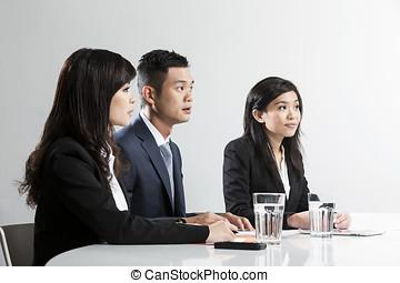 έχει , συνάντηση , επιχείρηση , κινέζα , άνθρωποι
