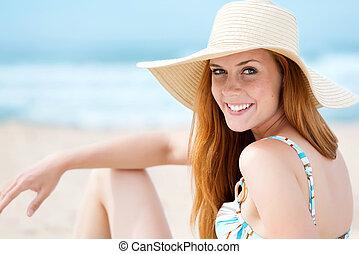 ήλιοs , ευθυμία γυναίκα , ακρογιαλιά καπέλο