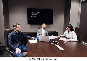 αίθουσα σύσκεψης , έχει , συζήτηση , άνθρωποι , σύνολο , επιχείρηση