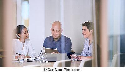 αίθουσα σύσκεψης , γραφείο , επιχείρηση , γυαλί , αντανάκλαση , συνάντηση