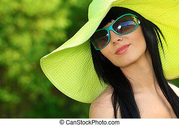 αγίνωτος καπέλο