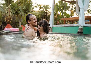 αγαπώ , κολύμπι , ευτυχισμένος , κερδοσκοπικός συνεταιρισμός , ζευγάρι