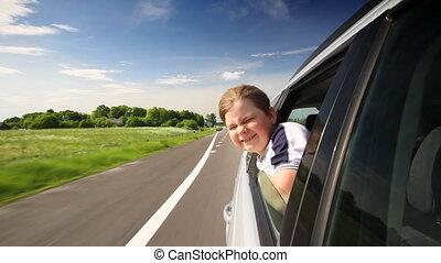 αγόρι , αναμμένος άμαξα αυτοκίνητο