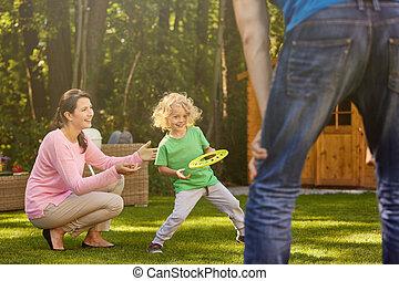 αγόρι , γονείς , κήπος