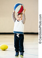 αγόρι , γυμναστήριο , μπάλα , αναξιόλογος basketball