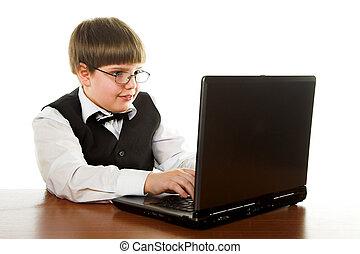 αγόρι δια ηλεκτρονικός εγκέφαλος
