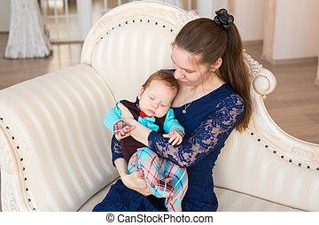 αγόρι , δικός του , γριά , χαριτωμένος , τρία , μήνας , μωρό , πορτραίτο , mother., λατρευτός , child.