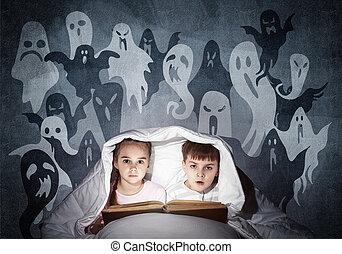 αγόρι , εκδιώκω με εκφοβισμό , κρεβάτι , βιβλίο , δεσποινάριο ανάγνωση