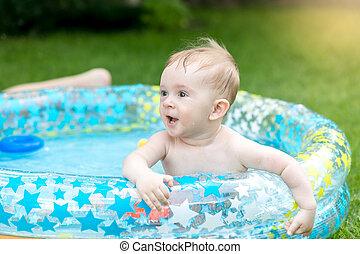 αγόρι , κήπος , μωρό , πορτραίτο , αναξιόλογος αποδέχομαι να μοιρασθώ , κολύμπι