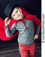 αγόρι , μικρός , δικός του , κομψός , αφορών , θαυματοποιός , καπέλο