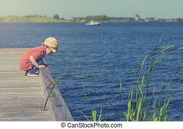 αγόρι , μικρός , λίμνη