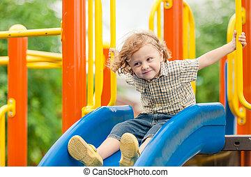 αγόρι , μικρός , παιδική χαρά , ευτυχισμένος