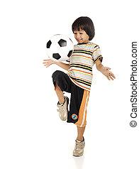 αγόρι , μικρός , ποδόσφαιρο , απομονωμένος , φόντο , άσπρο , παίξιμο