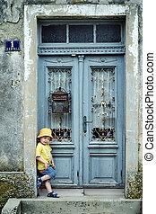 αγόρι , μικρός , πόρτα , χαριτωμένος , retro , κλίση , πορτραίτο