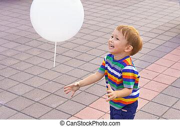 αγόρι , μικρός , balloon, παίξιμο