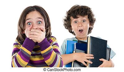 αγόρι , πολοί , αγία γραφή , κορίτσι , αλίσκομαι , έκπληκτος