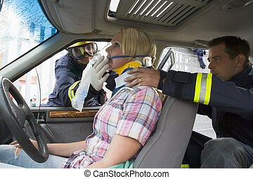 αδικώ , αυτοκίνητο , firefighters , γυναίκα , μερίδα φαγητού...