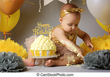 αδύναμος δεσποινάριο , γιορτάζω , εδώ , 2 γενέθλια