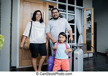 ακάθιστος , οικογένεια , σπίτι , δικό τουs , βαλίτσα , αντιμετωπίζω