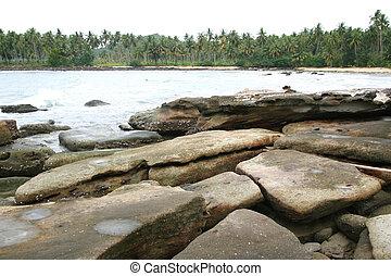 ακρογιαλιά βράχος