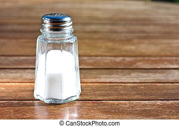 αλατοδοχείο , αλάτι