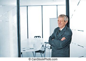 αναβοσβήνω , επιχείρηση , αγκαλιάζω αγκαλιά , ηλικιωμένος ανήρ
