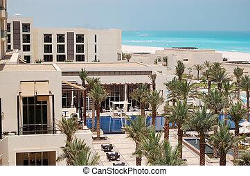 αναγκάζω να κολυμπήσει αποδέχομαι να μοιρασθώ , και , παραλία , σε , ο , πολυτέλεια , ξενοδοχείο , saadiyat, νησί , abu dhabi , uae