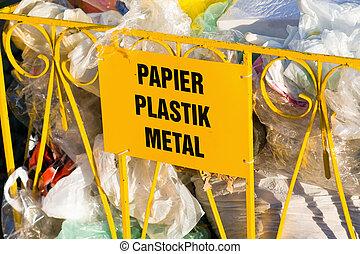 ανακύκλωση , σκουπίδια , και , reusable , ακαλλιέργητος...