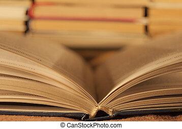 ανοιχτό βιβλίο , κεντρικός , βλέπω , εναντίον , ο , φόντο ,...