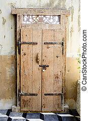 αντίκα , πόρτα