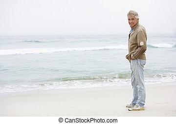 ανώτερος ανήρ , αναμμένος άδεια , ακάθιστος , επάνω , χειμώναs , παραλία
