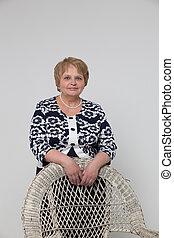 ανώτερος γυναίκα , καρέκλα , ανακουφίζω από δυσκοιλιότητα