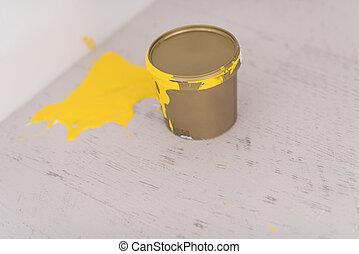 απεικονίζω γανώνω , μπορώ , κίτρινο