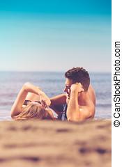 απλά , ζευγάρι , παντρεμένος , θέτω , παραλία , ευτυχισμένος