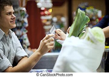 αποδίδω , πιστωτική κάρτα , ψώνια