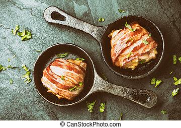 αποκρύπτω , ανώτατος , bacon., κοτόπουλο , βλέπω