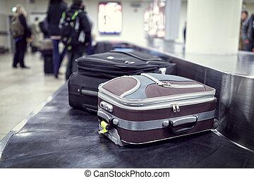 αποσκευές , αεροδρόμιο , αξιώ