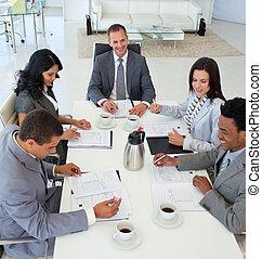 αρμοδιότητα ακόλουθοι , κουβεντιάζω , μέσα , ένα , συνάντηση