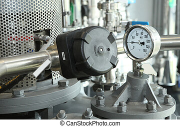 αυλόπορτα , άγγιγμα , monometers, σε , ο , φαρμακευτικός , plant., ανοίγω , ο , προμηθεύω , από , φάρμακο , να , ο , reactor., manometers, μέσα , production., προσαρμογή , από , αδιακανόνιστος ανεφοδιάζω , και , pressure.