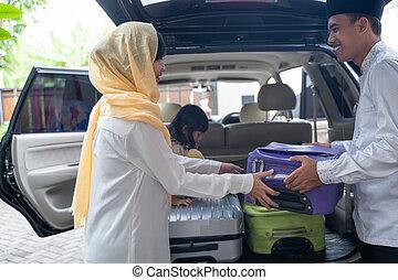 αυτοκίνητο , ζευγάρι , μουσελίνη , ασιάτης , βαλίτσα , βάζω , κιβώτιο