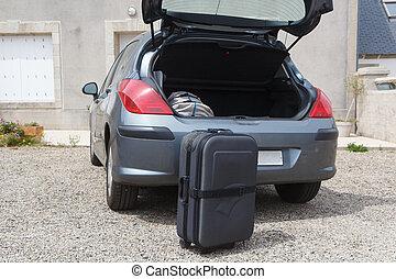 βάζω , άμαξα αυτοκίνητο αρβύλα , βαλίτσα