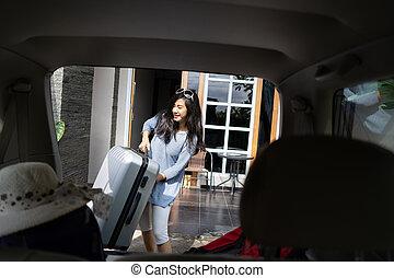 βάζω , άμαξα αυτοκίνητο γυναίκα , κιβώτιο , βαλίτσα