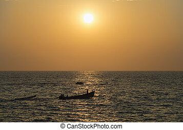 βάρκα , δύση του ωκεανού