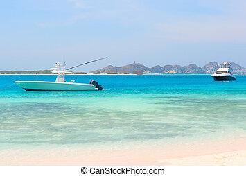 βάρκα , παραλία , δυο